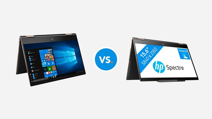 Twee omgeklapte HP 2-in-1 laptops.