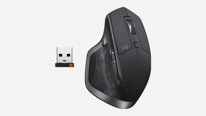 Installing a 2.4GHz mouse