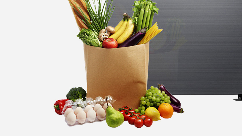 Longer fresh products in family hub