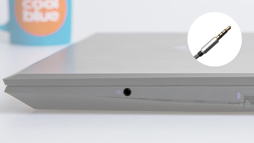 3,5 mm aansluiting op een laptop.