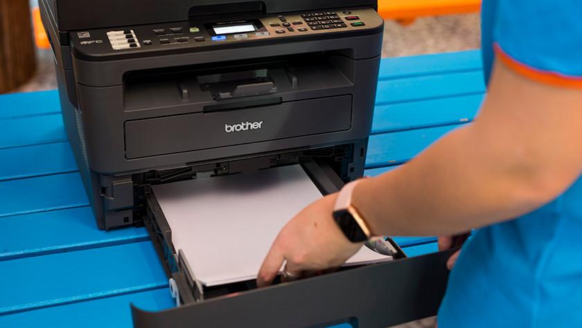 Papier in printer leggen