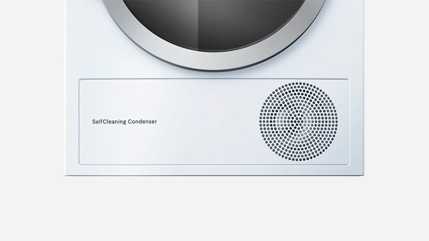 Self-cleaning condenser