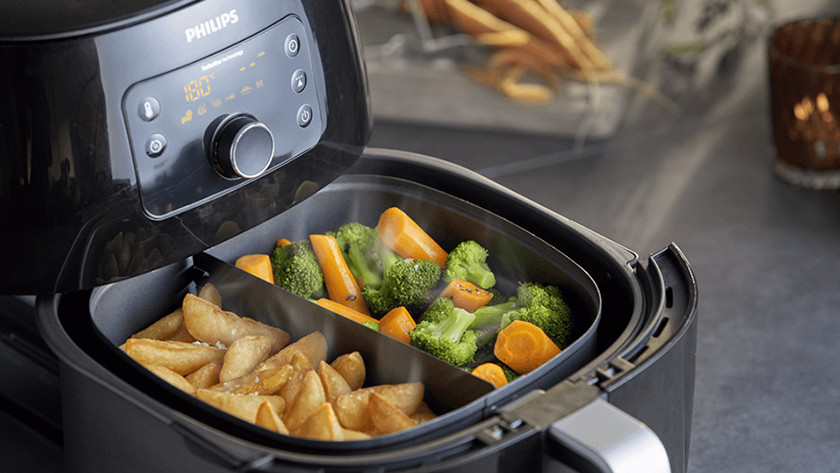 Airfryer with fries and vegetables