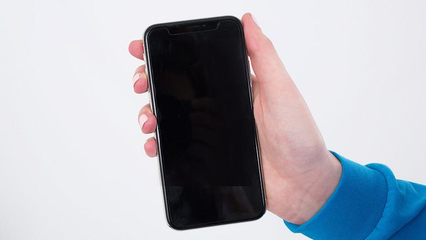 iPhone X bezels