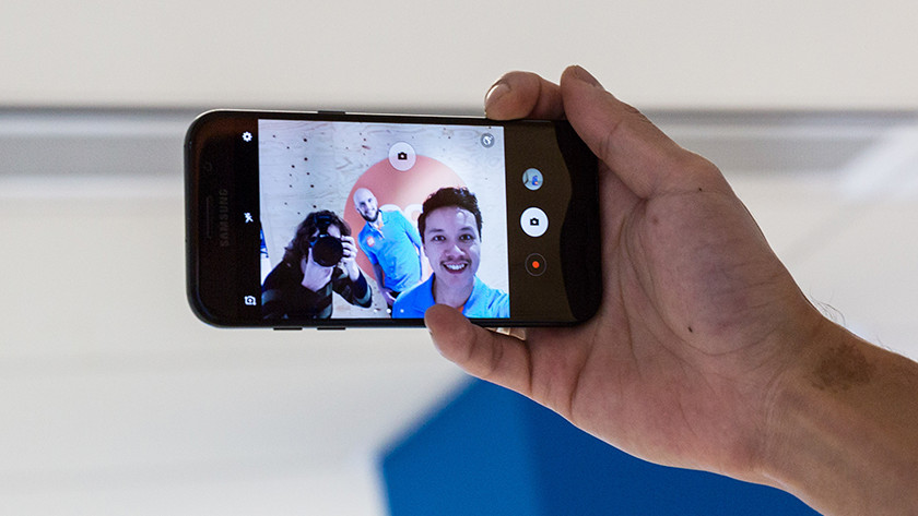 Samsung A5 selfie camera