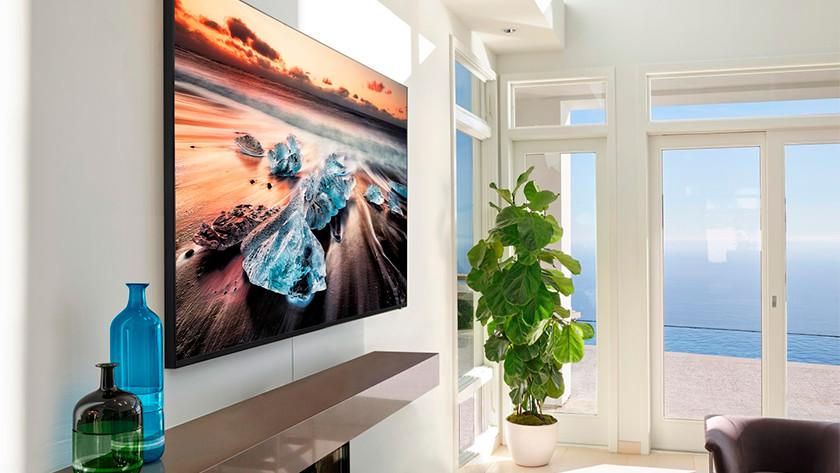 55 inch 8K televisie