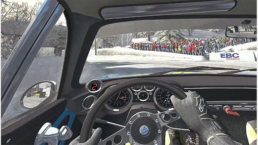 DiRT Rally racen WRC Sebastien Loeb off road terrein rijden modder sturen Max Verstappen