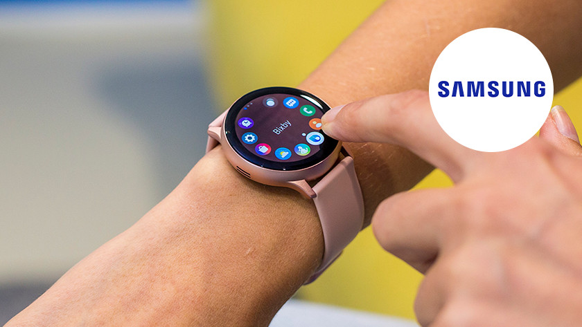 Samsung Galaxy Watch om pols