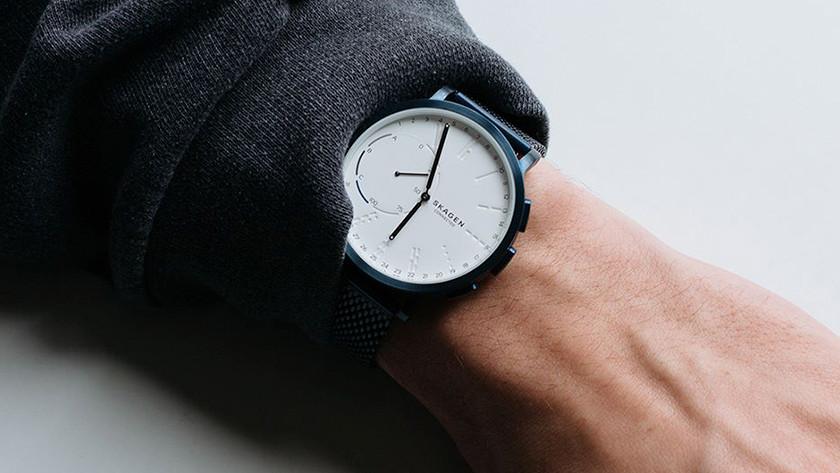 Hybride horloge op pols