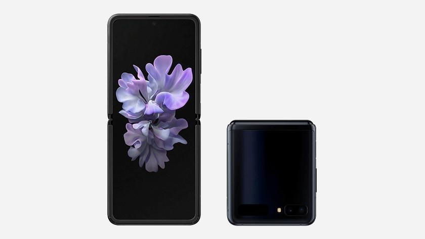 Horizontaal vouwbare smartphone