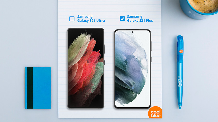 Compare size Samsung Galaxy S21 Ultra and S21 Plus