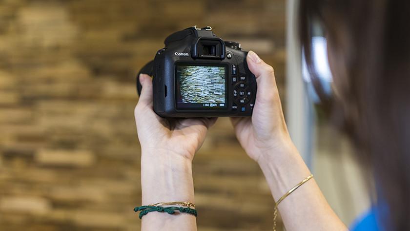 Focus Canon EOS 2000D