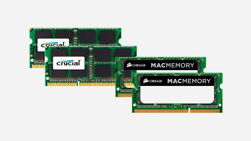 Apple RAM modules van Crucial en Corsair naast elkaar