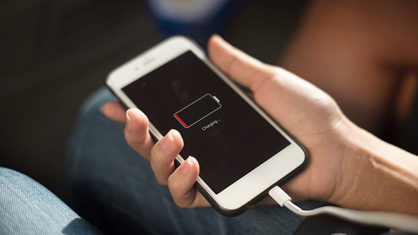 Smartphone lege batterij