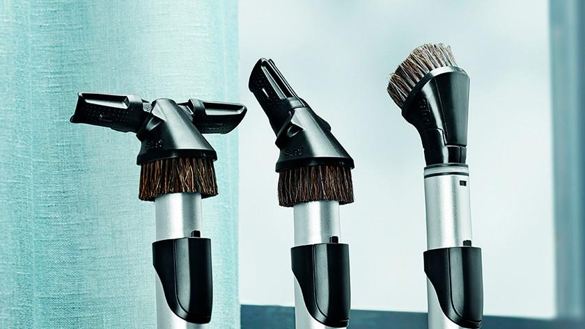 Vacuum brushes