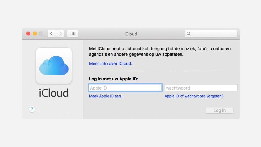 Saving files via iCloud
