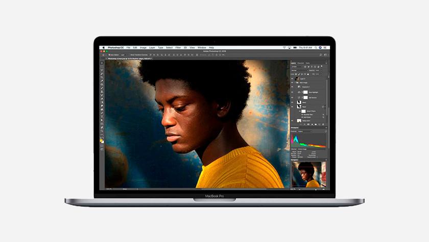 Apple MacBook Pro 15 inches screen