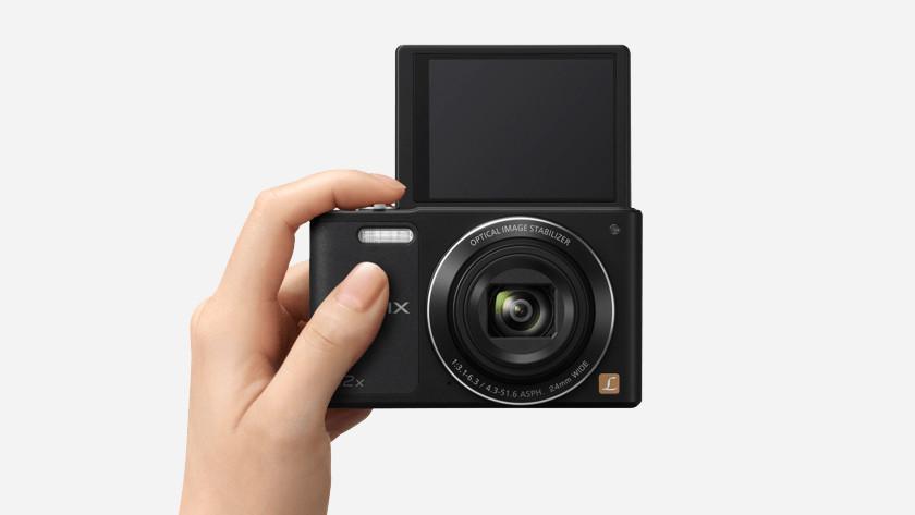 Size compact camera