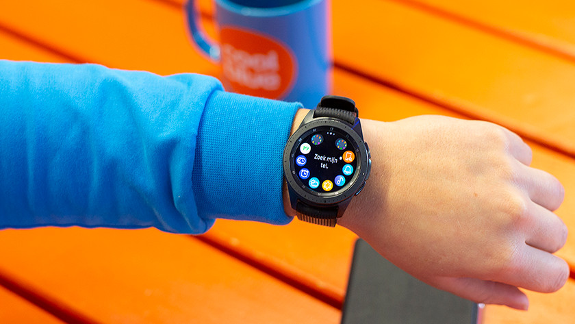 Samsung Galaxy Watch smartphone telefoon koppelen