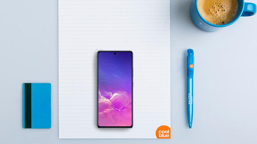 Samsung Galaxy S10 Lite formaat