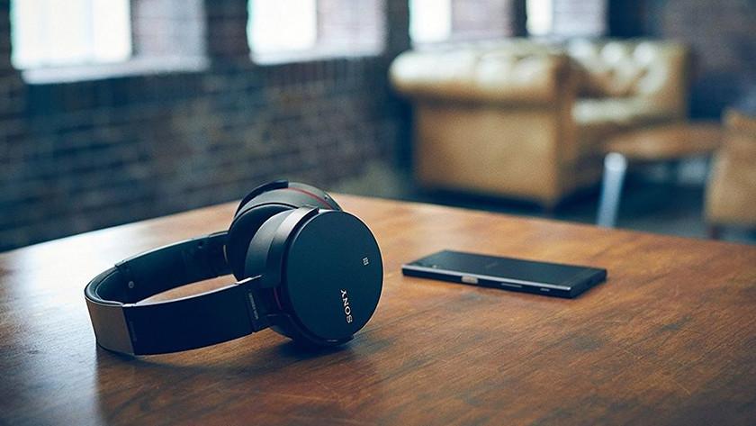 Noise canceling Sony MDR-XB950B1