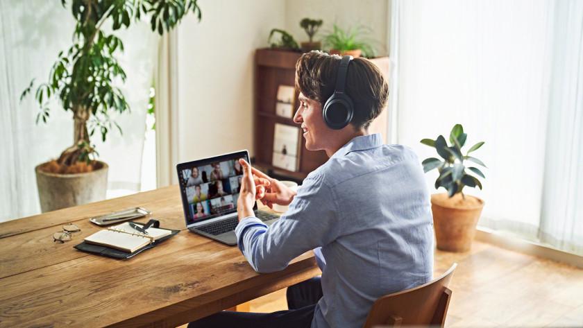 Noise cancelling koptelefoon voor concentratie