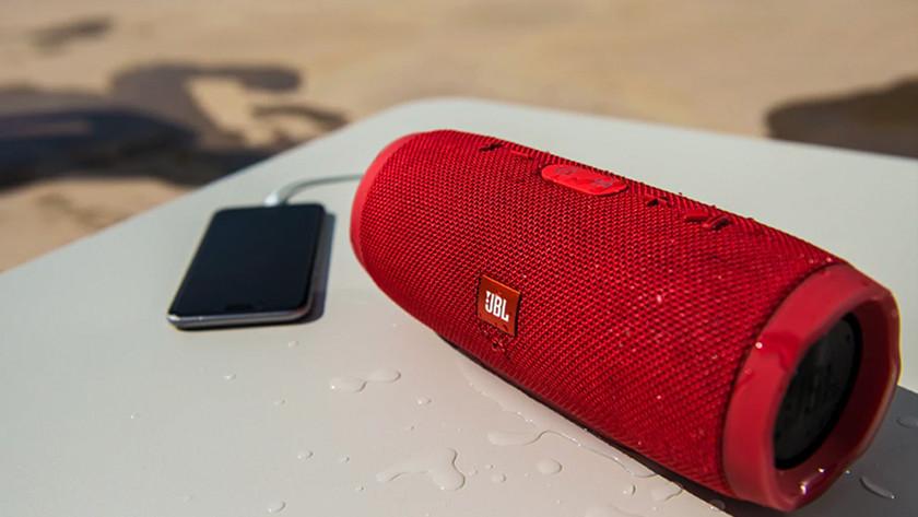 Druppels op speaker