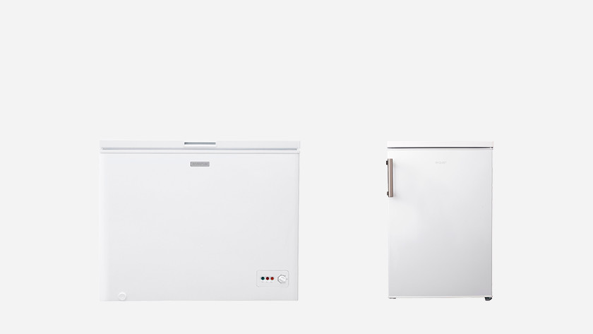 Chest freezer and compact freezer