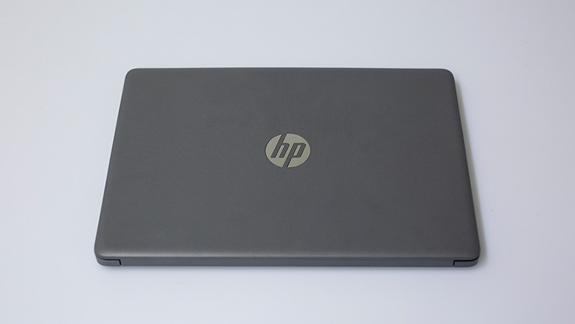 Dichtgeklapte HP 14-ck0910nd laptop.