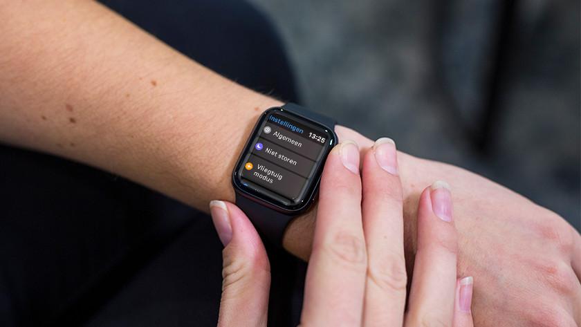 Open de Instellingen-app op Apple Watch.