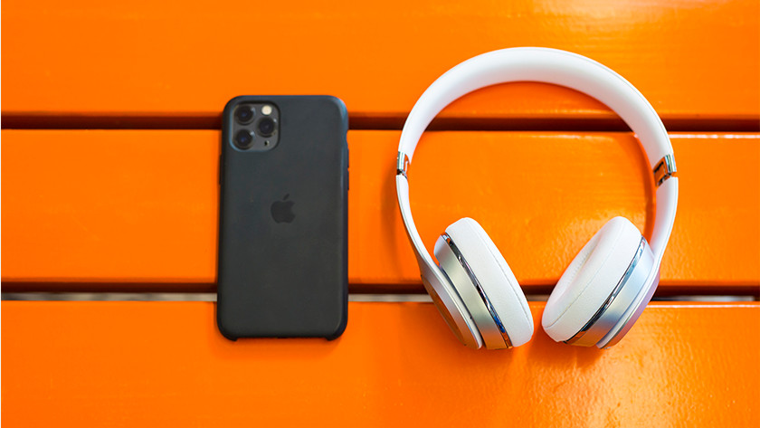 Beats Solo3 next to iPhone