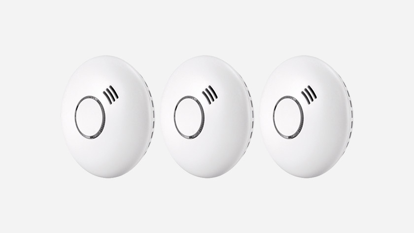 Linkable smoke detectors