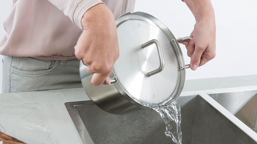 BK Q-linair Master pan die wordt afgegoten