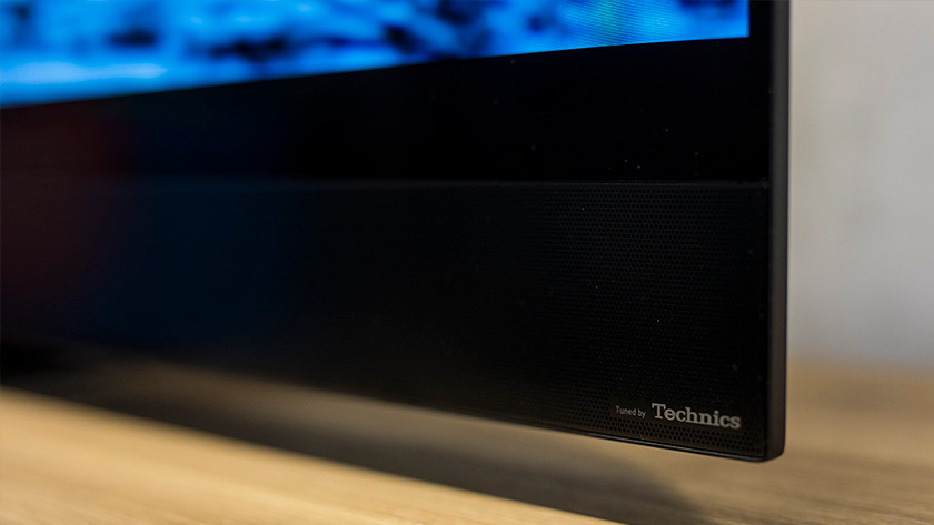 De Technics soundbar van de Panasonic TX-GZW2004