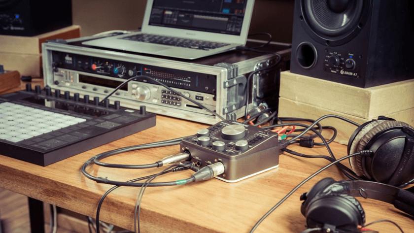 Inputs audio interface