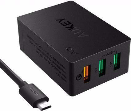 Aukey Thuislader 3x USB Zwart