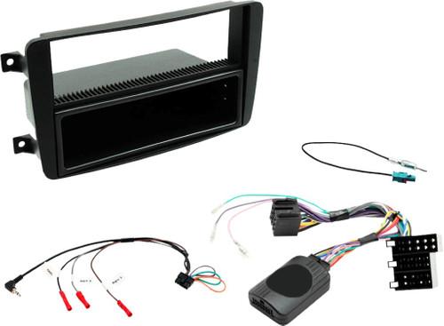 TradeTeam Car Radio Installation Kit Mercedes C-Class Main Image