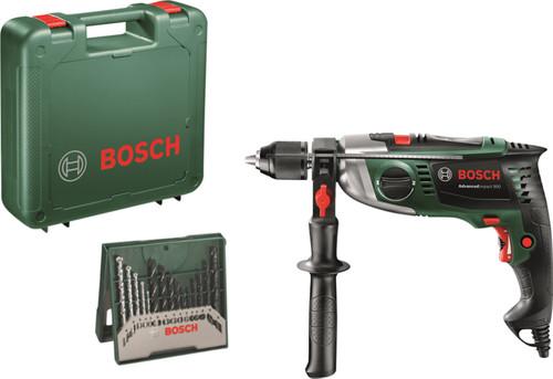 Bosch Advanced Impact 900 + 15-piece Accessory Set Main Image