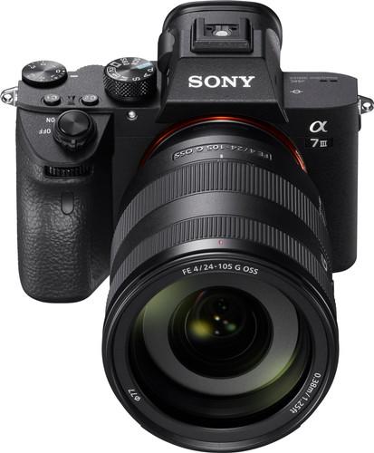 Sony Alpha A7III + FE 24-105mm f/4 G OSS