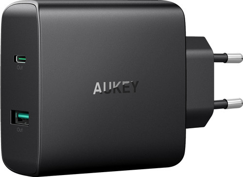 Aukey Usb A + Usb C Thuislader met 2 Poorten 3A Power Delivery Zwart Main Image