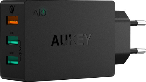 Aukey Usb A Thuislader met 3 Poorten 4,8A Quick Charge Zwart Main Image