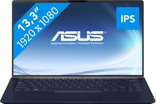 Asus ZenBook UX333FA-A3222T Main Image