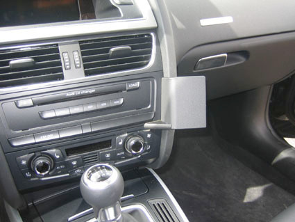 Brodit ProClip Audi A4 / A5 / S5 from 2008 Right Angle Attachment Main Image