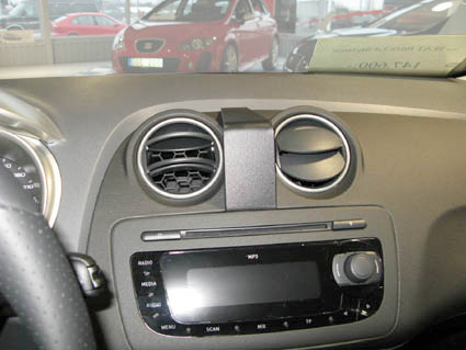 Brodit ProClip Seat Ibiza 2009-2011 Central Confirmation Main Image