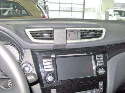 Brodit ProClip Nissan Qashqai from 2014 Central Confirmation Main Image