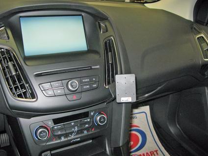 Brodit ProClip Ford Focus vanaf 2015-2018 Haakse Bevestiging Main Image