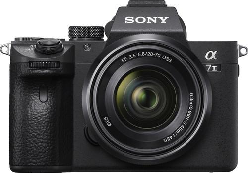 Sony A7 III + FE 28-70mm f/3,5-5,6 OSS Main Image