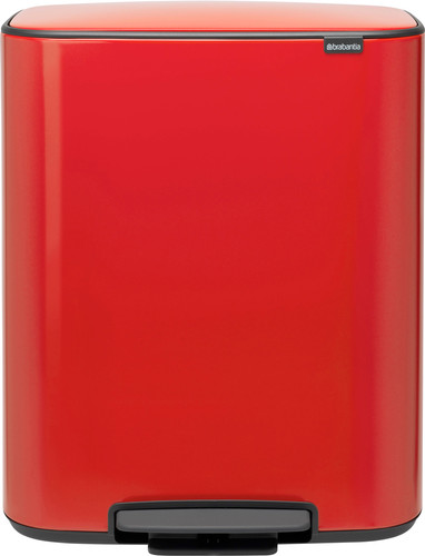 Brabantia Bo Pedal Bin 60 liter Passion Red Main Image