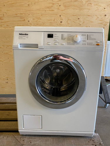Miele W3203 Refurbished Main Image