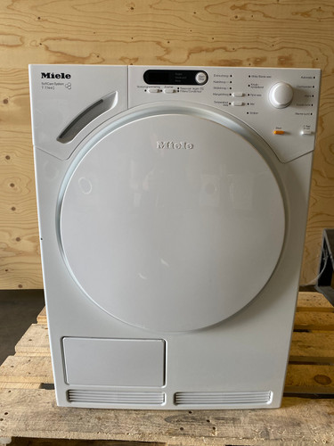 Miele T7744C Refurbished Main Image